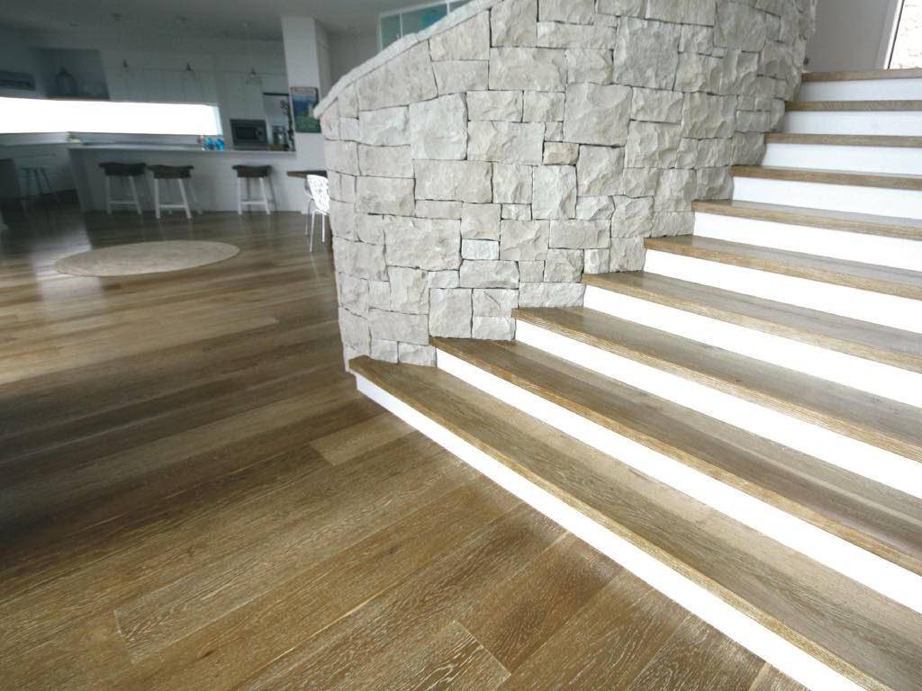 Product Gallery Prestige French Oak Ingrain lime 1
