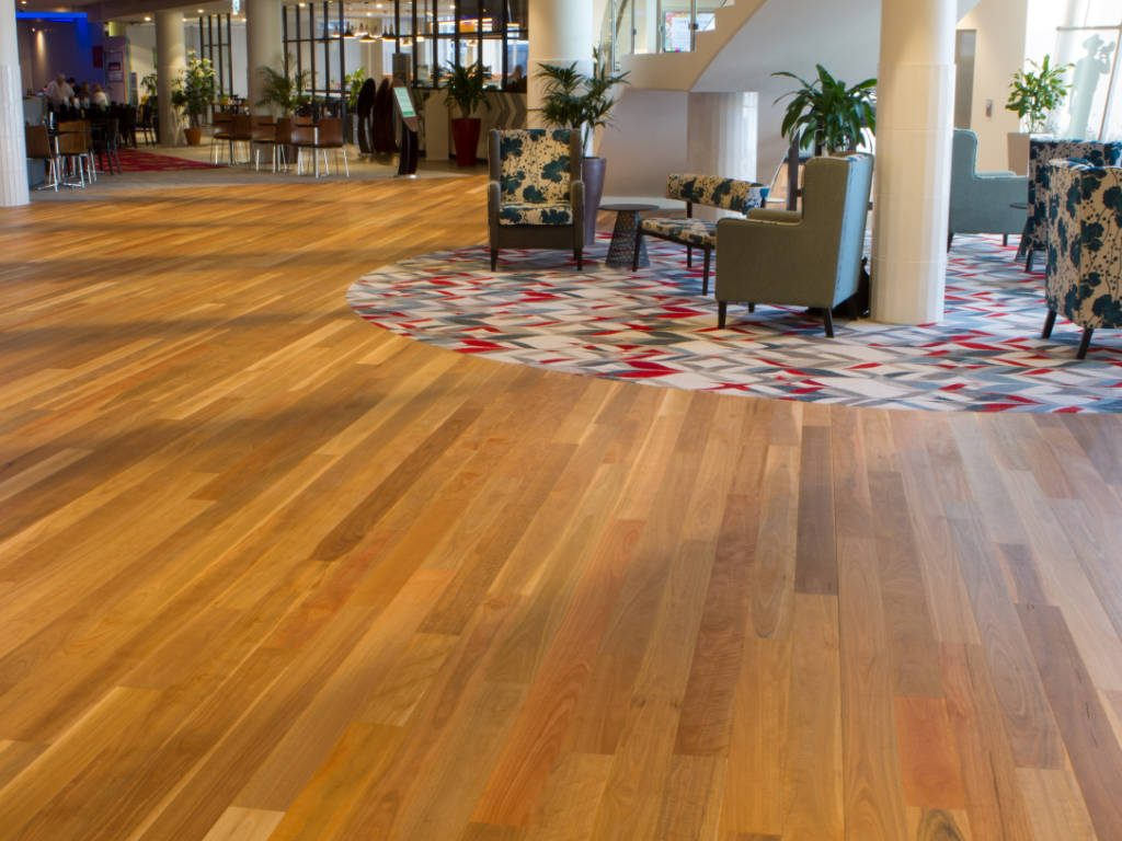 "<a href=""/product/first-floors-spotted-gum"" target=""_blank"" rel=""noopener noreferrer"">First Floors Spotted Gum »</a>"